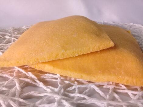 Tortilla Rellena de Queso Mozarella