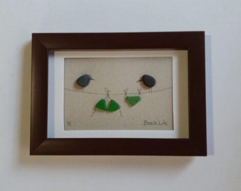 Pebble Art de Aves y Bikini