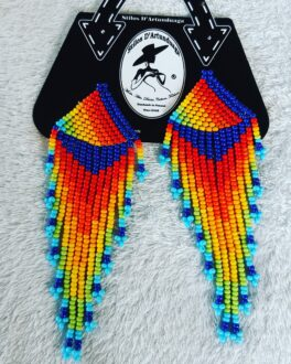 Aretes de chaquiras multicolor