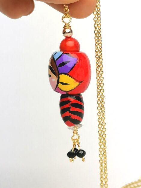 Collar con Dije de Madera Pintado a Mano – Nano Dolls – Diablico Sucio – Estilo Kokeshi
